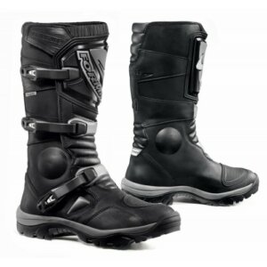 Forma Adventure Black Boots