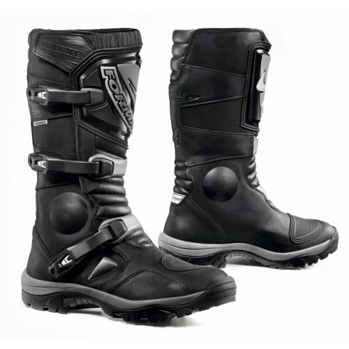 Forma Adventure Black Boots