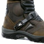 Forma-Adventure-Brown-Boots_03