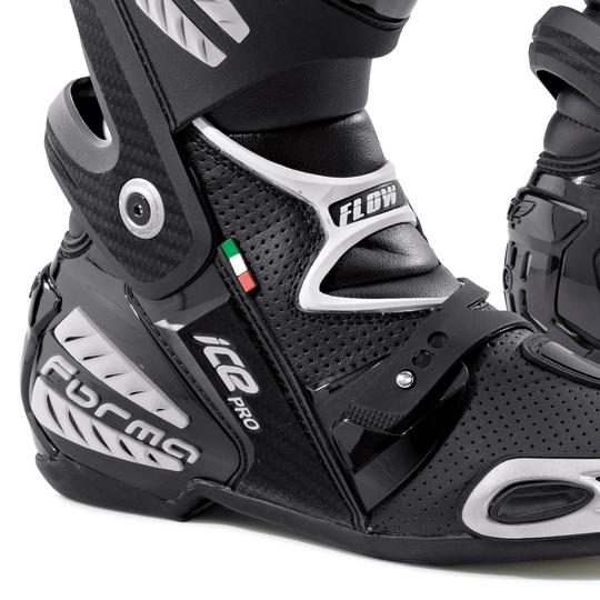 Forma Ice Pro Flow Black Boots